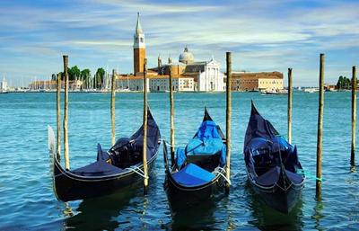 Gondolázás és városnézés Velencében