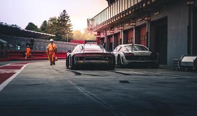 Autós Programok + Ferrari Múzeum